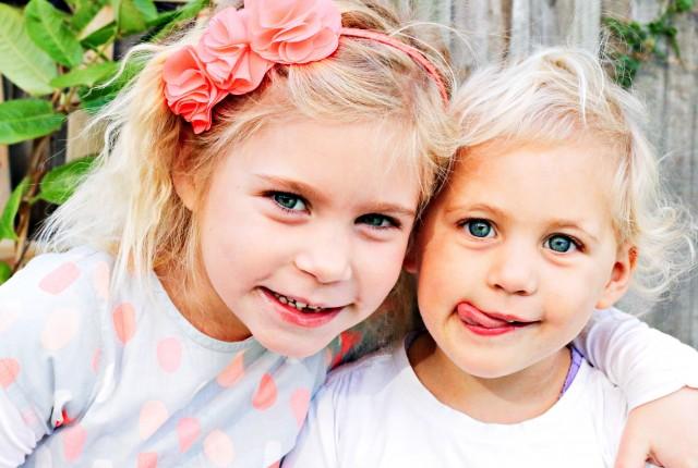 mrs d plus 3 instagram sisters