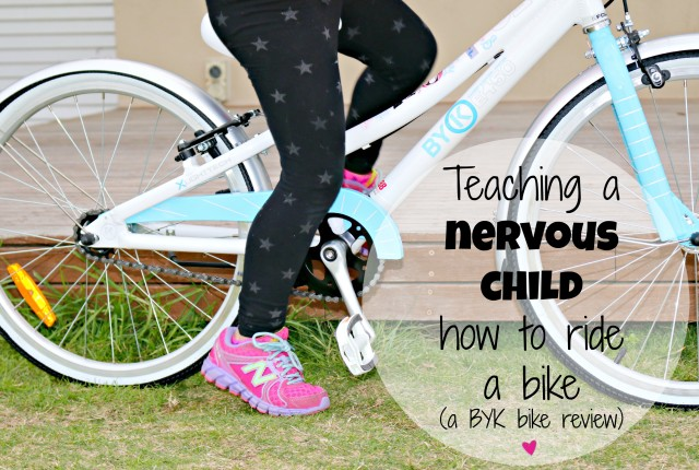 Teaching a nervous child how to ride a bike